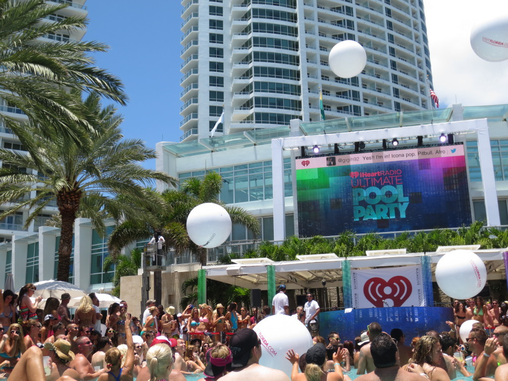 iheartradio ultimate pool party, fontainebleau pool parties, jason derulo, icona pop, krewella